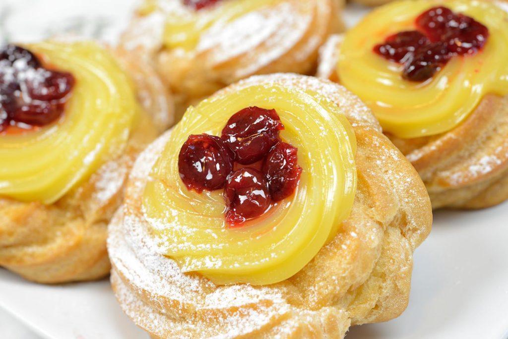 zeppole original fried neapolitan pastry